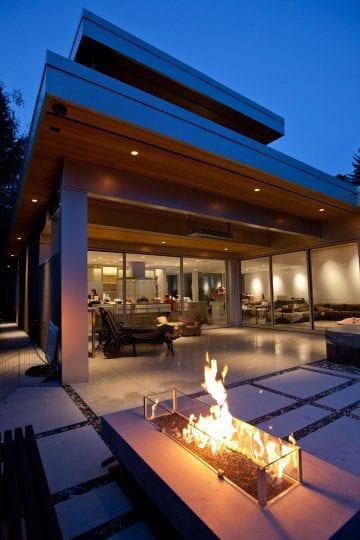 cortell-exterior-fireplace