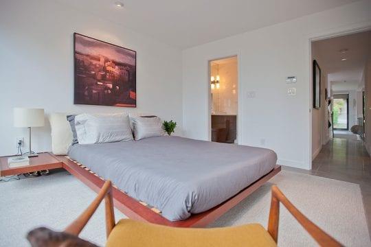 upper-lonsdale-modernization-bedroom