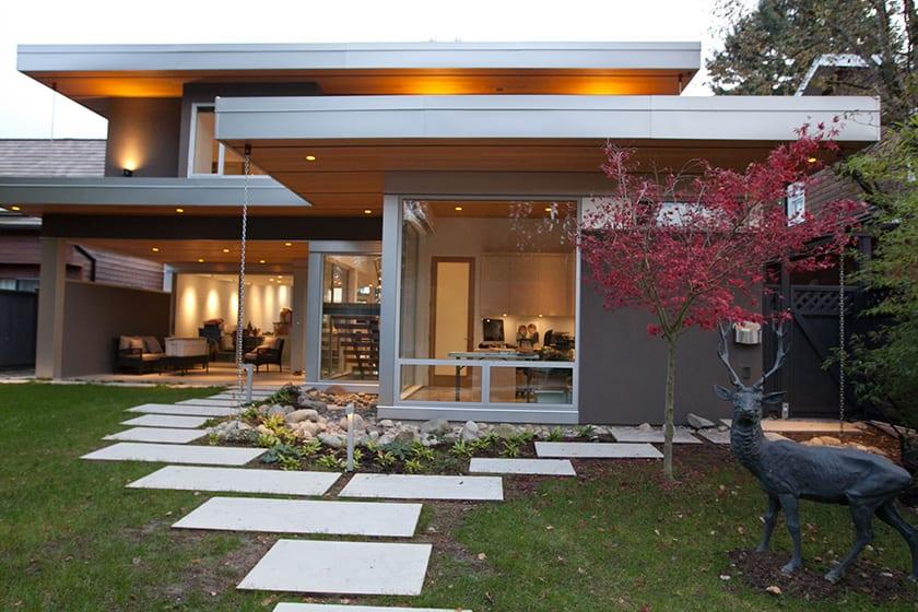 Custom Home front yard elevation built be Barrett Group