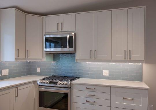 Kitchen w_sm_IMG_0691