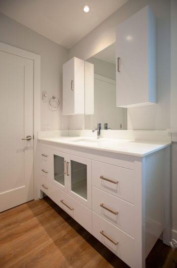 Bathroom Vanity w_sm_IMG_0711